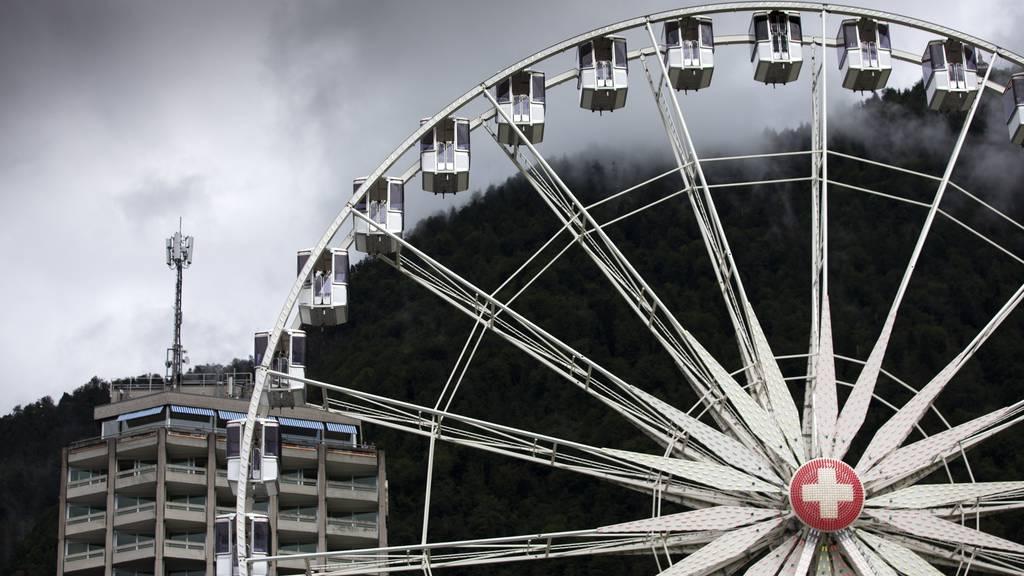 Das grösste Riesenrad der Schweiz steht in Interlaken