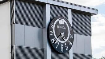 Die Ronda AG spürt den schlechten Geschäftsgang der Schweizer Uhrenbranche – am Standort Lausen wurden nun Kündigungen ausgesprochen.