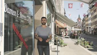 Früher Merkur, heute Coiffeur-Salon: Mohammed Ali führt Liestals jüngstes Haarschneide-Geschäft mitten an der Rathausstrasse.