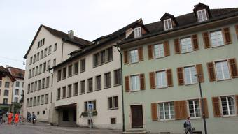 Der Taubenschlag kommt ins Dachgeschoss des mintgrünen Hauses (Zollrain 7).