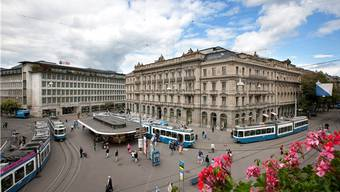 Schweizer Banken, im Bild der Zürcher Paradeplatz (Archiv)