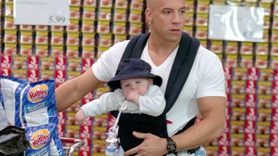Vielleicht hätte die SBB ihn ins Abend-GA integrieren sollen: Vin Diesel in «Der Babynator»