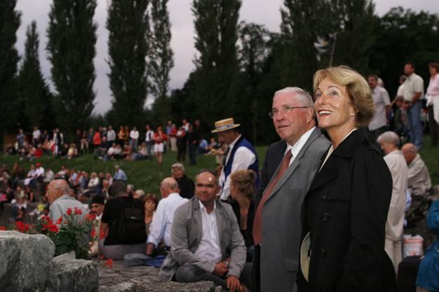 Alt SVP-Bundesrat Christoph Blocher war 2008 Hauptredner an der 1.-August-Feier. Er kam mit seiner Ehefrau Silvia ins Amphitheater Vindonissa.