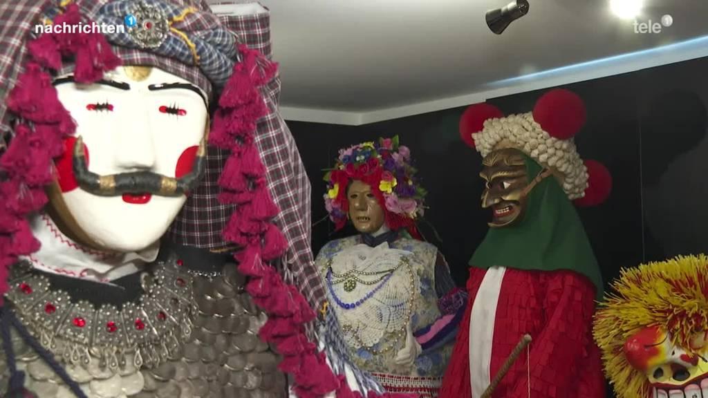 Fasnächtler sammelt Masken und Kostüme aus ganz Europa
