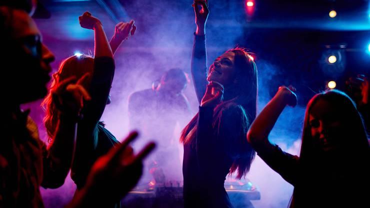 Zu unrecht wurde kommuniziert, Parties in Clubs die meisten Ansteckungen hervorbringen. (Symbolbild)