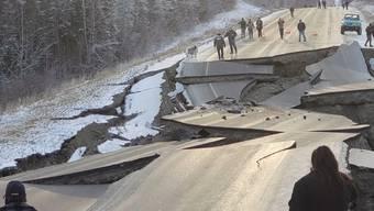 Ein schweres Erdbeben der Stärke 7,0 hat Alaska erschüttert. Das Zentrum des Bebens lag nahe Anchorage, der grössten Stadt des US-Bundesstaats.