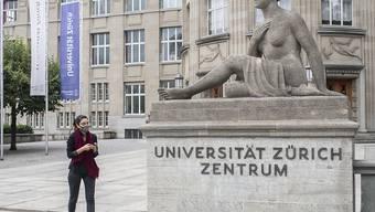 Viele Studierende wollen nicht, dass sich die Uni Zürich zu einer Fern-Uni entwickelt. (Symbolbild)