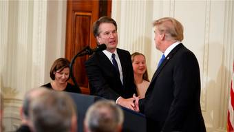 Trump und sein Kandidat fürs Oberste Gericht: Brett Kavanaugh (l.) soll Anthony Kennedy ersetzen.