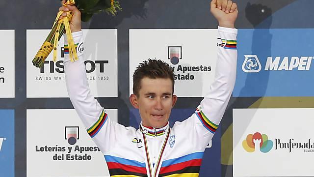 Weltmeister Michal Kwiatkowski setzte sich im Schlusssprint durch