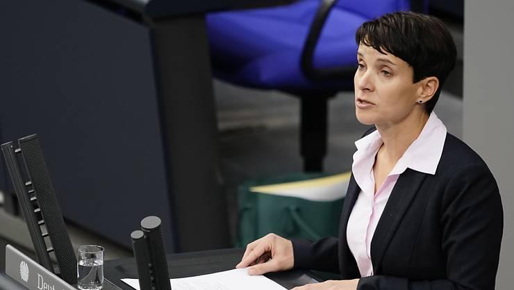 Die frühere AfD-Vorsitzende Frauke Petry muss wegen Falscheids 6000 Euro Geldstrafe zahlen. (Archivbild)