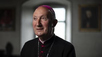 Peter Bürcher, Apostolischer Administrator des Bistums Chur, sieht sich dem Vorwurf der Gesprächsverweigerung ausgesetzt.