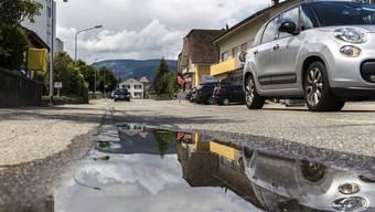 An der Bleichenbergstrasse gibt es immer wieder gefährliche Situationen für Fussgänger, insbesondere Kinder und Betagte mit Rollatoren.
