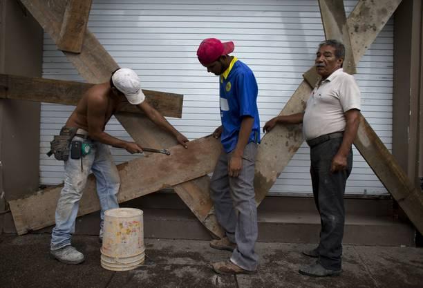 Mexiko rüstet sich für die «Ankunft» des Mega-Hurricans «Patricia».