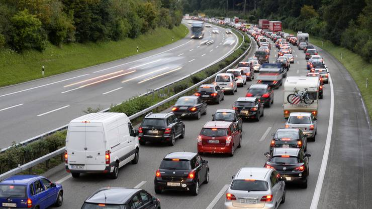 Die Taskforce Anti-Stau Baselland hat seit 2004 den Auftrag, die Verkehrssituation im Kanton zu verbessern. (Themenbild).