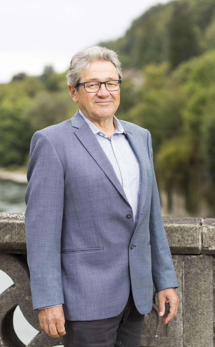 Urs Herzog zog vor 40 Jahren aus dem Oberen Wynental nach Brugg und fühlt sich hier sehr wohl.