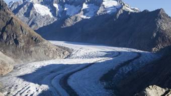 Eine neue Bürgerbewegung will mit einer Initiative die Gletscher in der Schweiz retten. Konkret verlangt sie, die Klimaziele von Paris in der Bundesverfassung zu verankern. (Symbolbild)