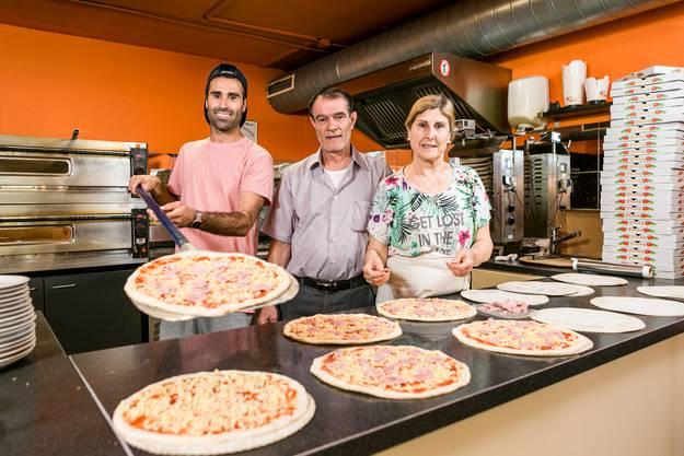 Baden, 27. Februar: Familie Baydar will ihr Lokal «Speedy Food» verkaufen – trotz zahlreicher Angebote ist es aber noch in ihrer Hand.