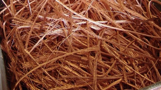 Die Diebe haben insgesamt 101 Mal Kupfer-Fahrleitungsdraht geklaut. (Symbolbild)