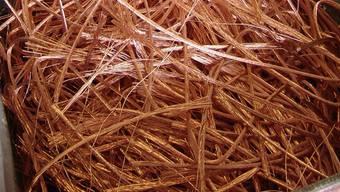 Kupfer ist ein wertvolles Metall. Ein junger Rumäne muss für einen Diebstahl zwölf Monate hinter Gitter.