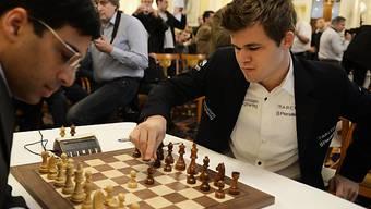Magnus Carlsen besiegte Viswanathan Anand erneut