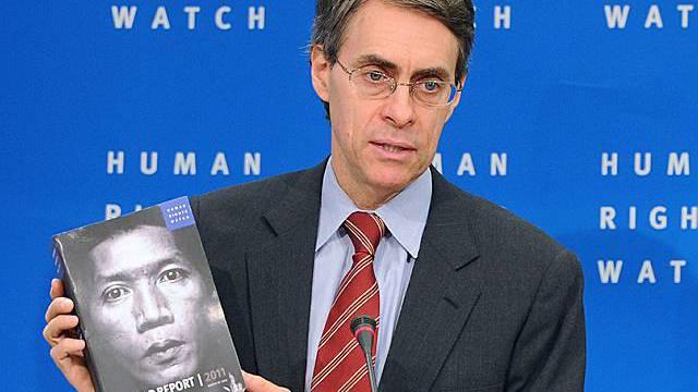 Kenneth Roth, Direktor von Human Rights Watch, präsentiert den Jahresbericht