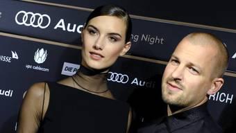 Wieder zusammen unterwegs: Stress und Ronja Furrer am Zurich Filmfestival.