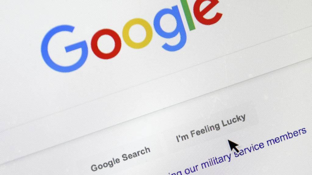 Die US-Internetriesen Google und Amazon sollen in Frankreich Millionenbussen zahlen.