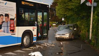 Unfall mit Linienbus in Dulliken