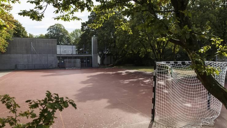 Der Spielplatz beim Schulhaus Wildbach