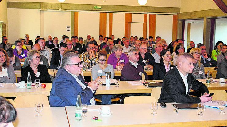 90 Gemeindevertreter informierten sich über Digitalisierung