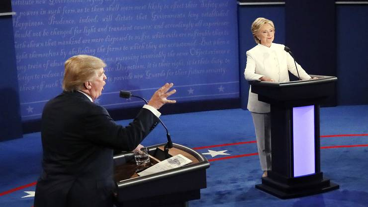 Sie tauschten in der vom konservativen Sender Fox News ausgerichteten Debatte jedoch meist bereits bekannte Argumente aus, neue Fakten kamen kaum auf den Tisch.