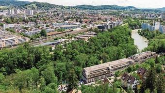 Dereinst eine einzige Stadt? Blick vom Chrüzliberg nach Wettingen und auf die Webermühle (Neuenhof).