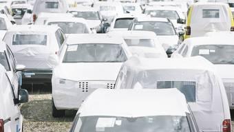 Rückläufige Verkäufe: Im November wurden in der Schweiz 7,3 Prozent weniger neue Fahrzeugen in Verkehr gesetzt als im Jahr zuvor. (Symbolbild)