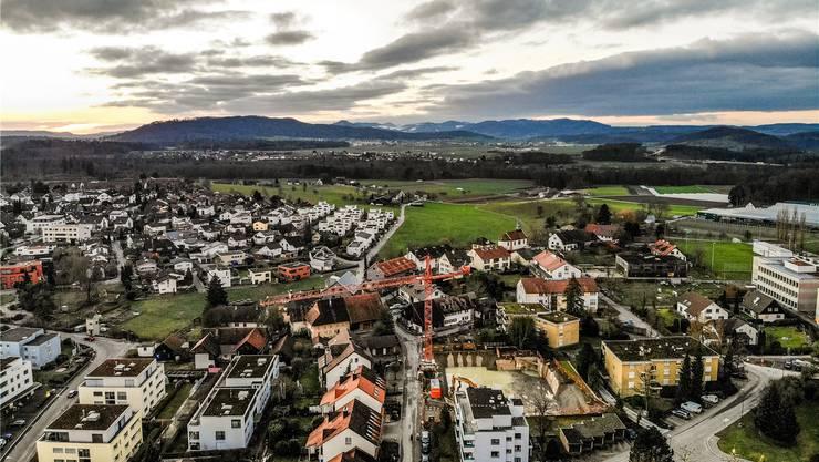 Rütihof könnte Standort für eine kantonale Asylunterkunft werden – dies wird kontrovers diskutiert.