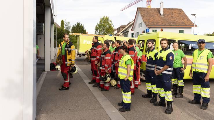 Ein Teil der Feuerwehr trat beim Depot Unterengstringen an.