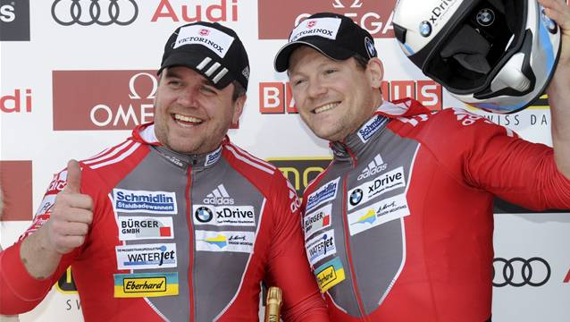 Vom Anschieber zum Zuschauer: Pilot Beat Hefti (links) entschied sich in Sotschi gegen Thomas Lamparter.