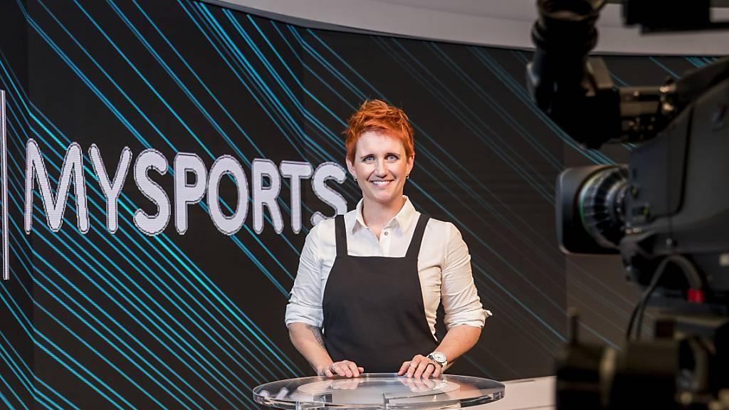 Wechselt als Sportchefin zur «Blick»-Gruppe: Moderatorin Steffi Buchli im Studio von UPC MySports in Rossens 2017. (Archivbild)