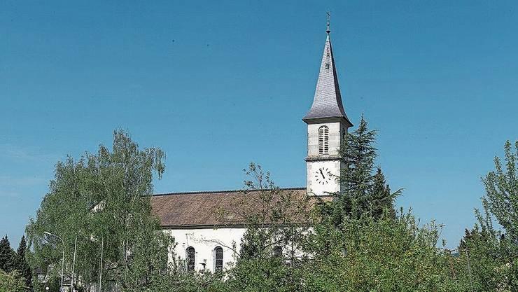 Auch im Kirchturm soll eine Handyantenne installiert werden.