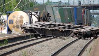 Bahnstrecke musste nach dem Unfall voll gesperrt werden