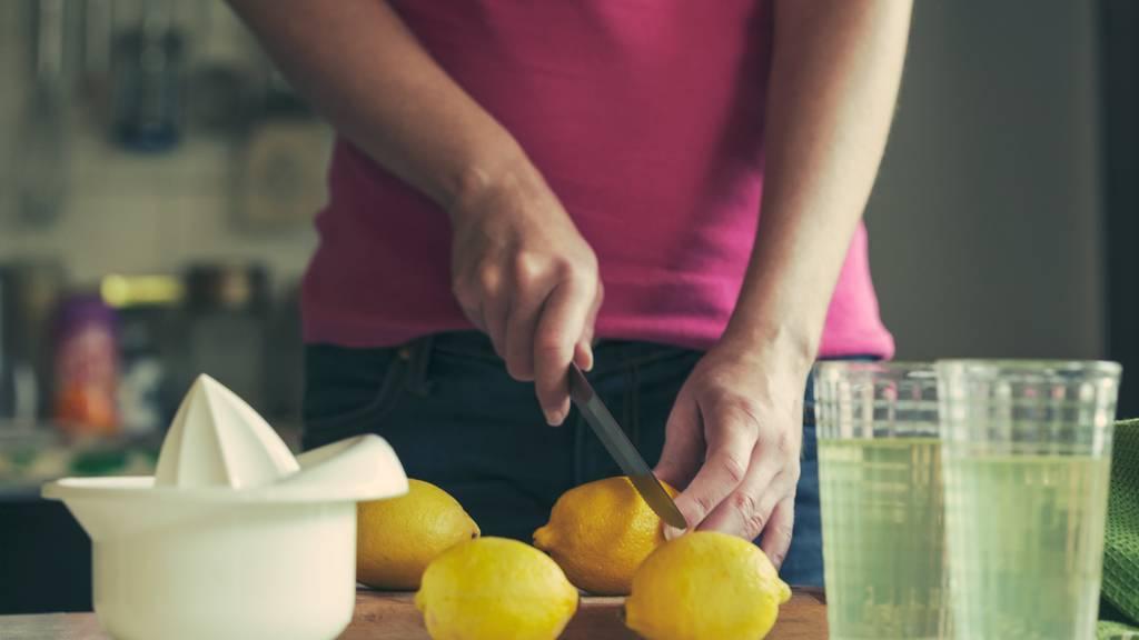 Wir haben letzte Woche eine Zitronensaft-Diät gemacht. (Symbolbild)