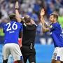 Die Schalker reklamierten gegen Bayern zweimal vergeblich einen Handspenalty