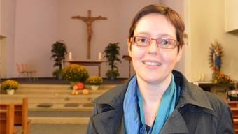 Pastoralassistentin Monika Poltera-von Arb in der Kirche St. Nikolaus in Niederbuchsiten.