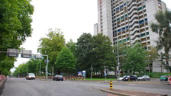 Letzte Etappe: Die Badenerstrasse in Schlieren wird ab Montag für 10 Tage gesperrt, um die Zahl der Fahrspuren zu verringern.