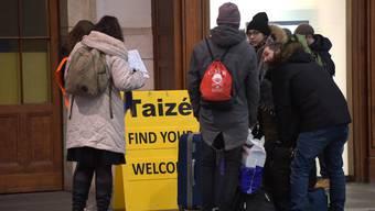 Am Bahnhof wurden die Taizé-Reisenden empfangen.