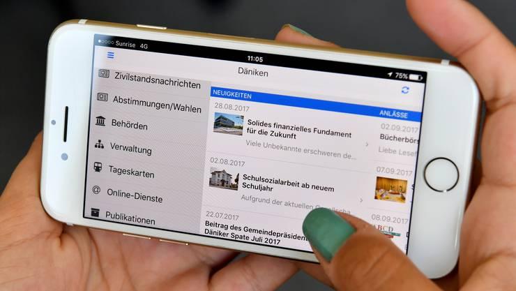 Die Däniker App ähnelt stark der Website der Gemeinde.