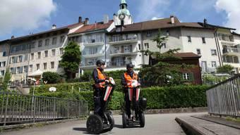 Die Kantonspolizei Solothurn auf Segways.