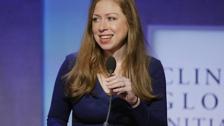 Die Tochter der Clintons ist heute als Vizepräsidentin der Familienstiftung tätig. (Archivbild)