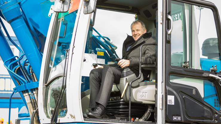 Stephan Attiger bei Baubeginn des A1-Zubringers Lenzburg. (Archivbild)