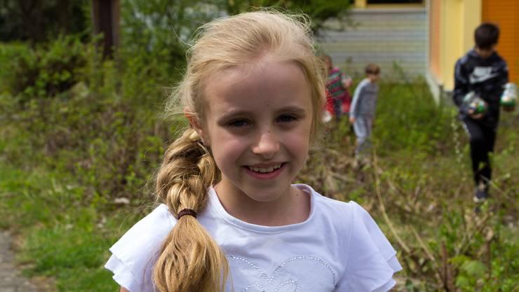 Selina, 6 Jahre: «Ich war heute bei der Osternestsuche, da mussten wir Rätsel lösen. Das mit dem Schlüssel für die Möbel war toll. Zu Hause habe ich auch Ostereier gesucht.»