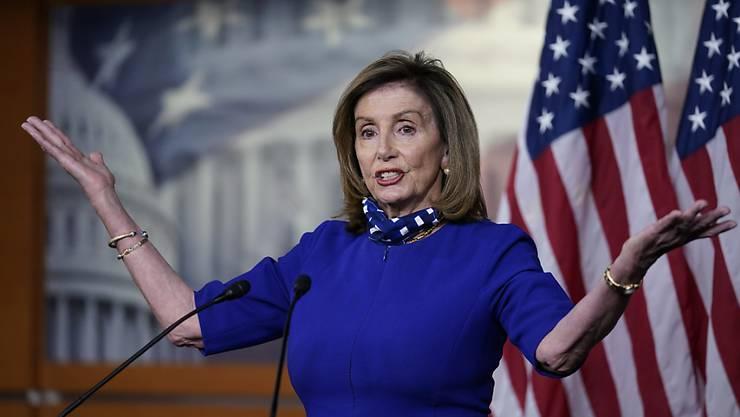 Nancy Pelosi, die Sprecherin des Repräsentantenhauses, spricht während einer Pressekonferenz im Kapitol. Foto: J. Scott Applewhite/AP/dpa